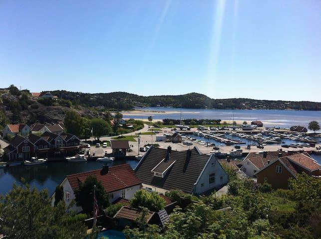 Koselig sørlandshus i Høllen nær stranden