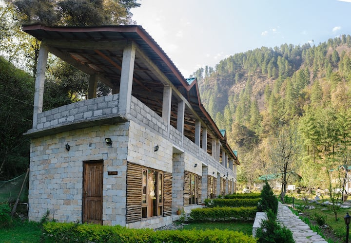 Tirthan Valley Retreat: Let's go angling & fishing