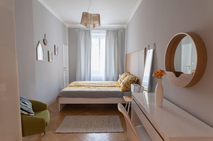Modern apartment, 55sqm, close to heart of Prag