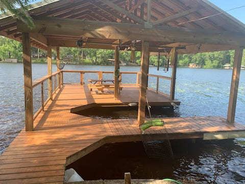 Lake Front Home with Dock and Boat Slip on Talquin