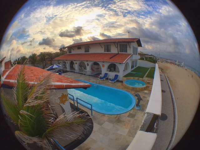 LUXURY BEACH HOUSE (SEA FRONT)  CAPONGA, FORTALEZA