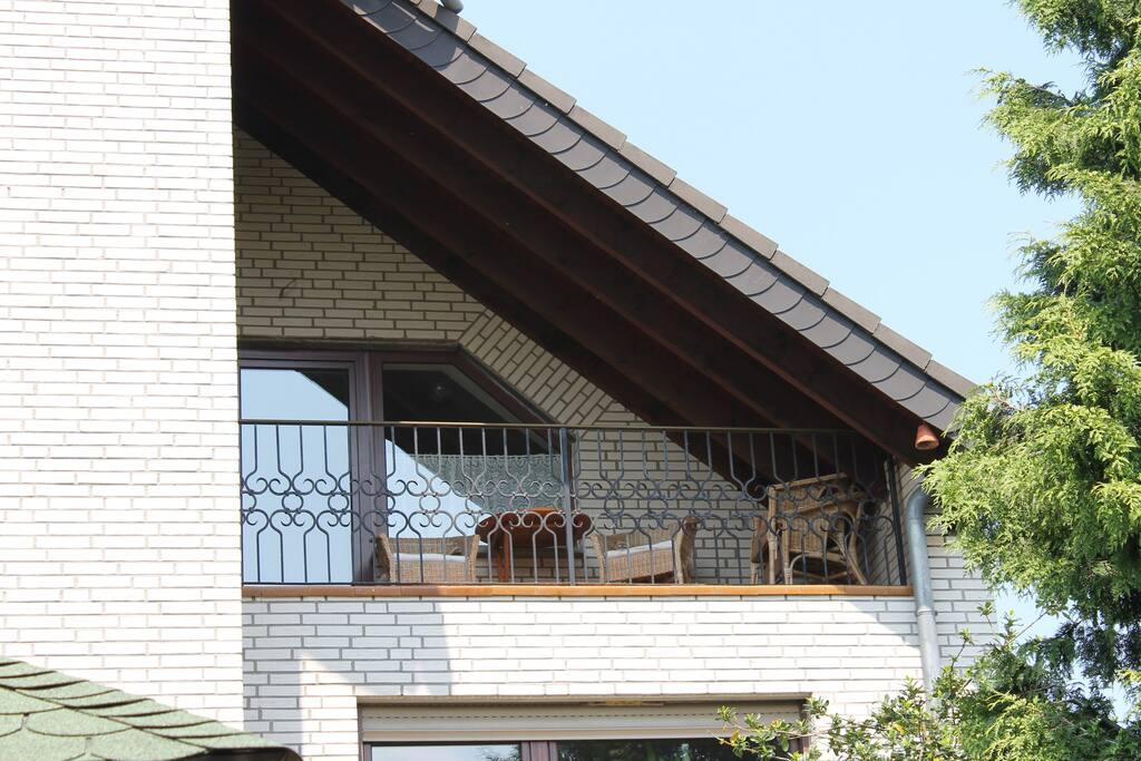 Balkon mit Gartenblick