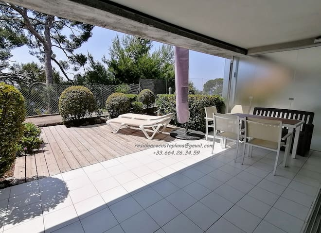 Appartement 4/5 personnes-terrasse-vue mer-parking