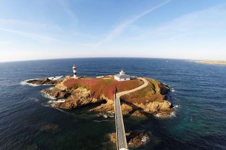 Faro Isla Pancha