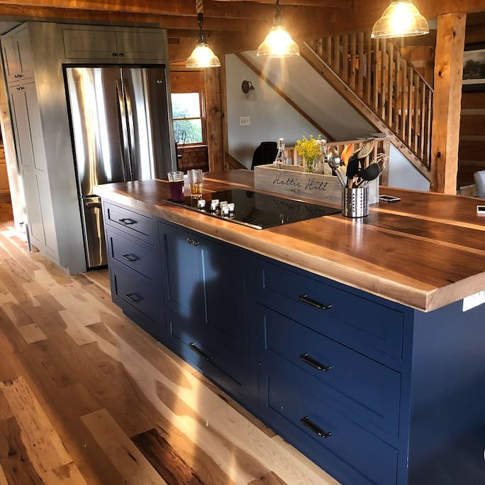 Newly renovated open kitchen - completed July 2018!