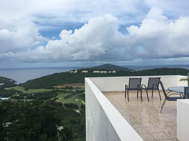 APRIL DEALS!!!! Paradise Apartment! VIEWS!!! - Northside - Daire