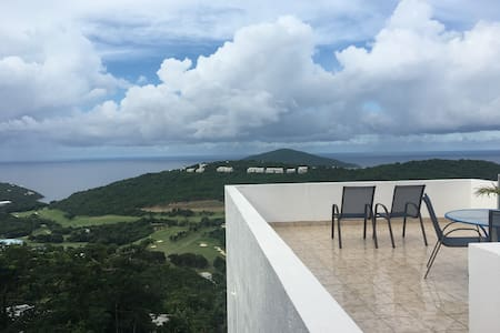 APRIL DEALS!!!! Paradise Apartment! VIEWS!!! - Northside - 公寓
