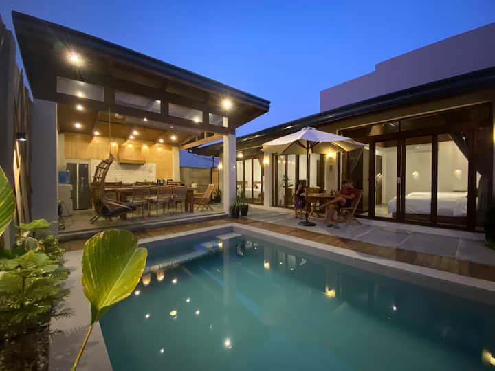 Ysla 1-Bedroom Villa w/ Private Pool San Juan LU