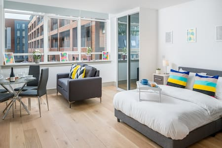 Modern 1 bed flat on Victoria Line, Seven sisters
