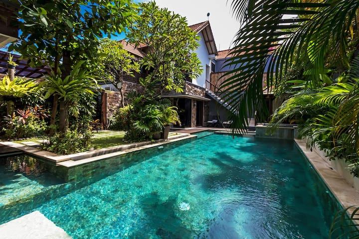 70% OFF - 4 bed luxury Villa Yasmin sleep 11