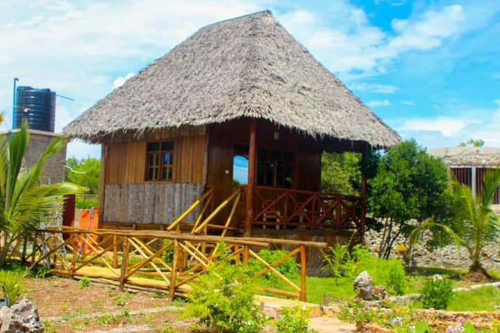Jambiani wooden house bungalow lifestyle,charming