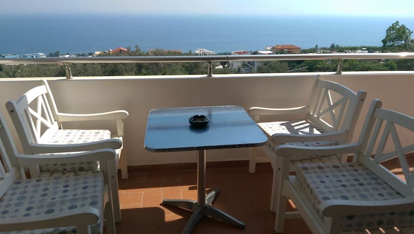 6 person sea view apartament - Dhërmi - Lägenhet