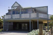 Spacious holiday property - AI128