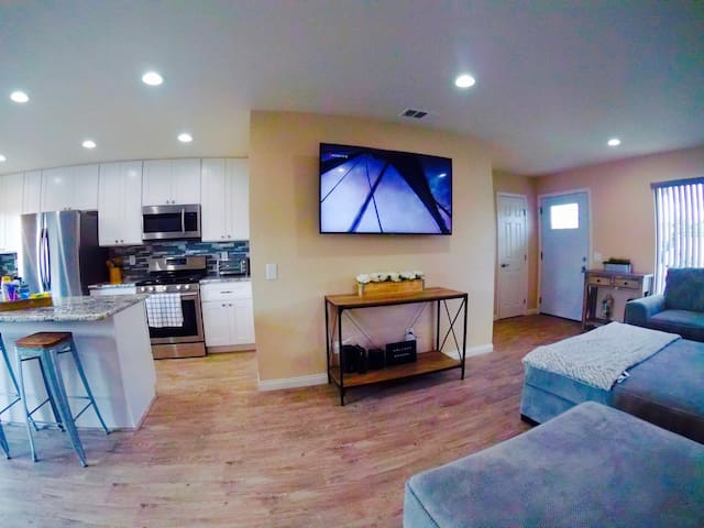 Dream Home, New Everything, Cold AC, San Diego