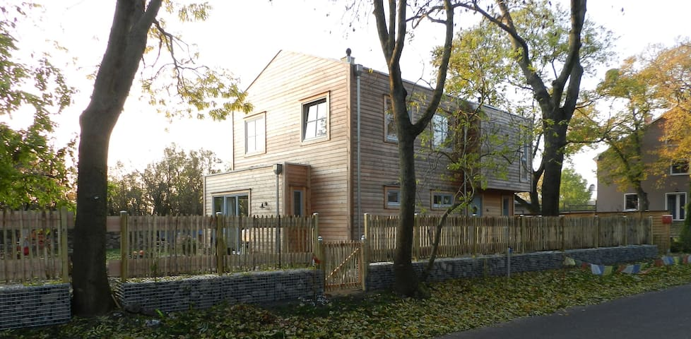 Holzhaus in Märkisch Oderland - Oberbarnim - Huis