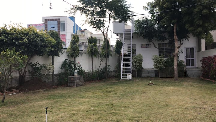 Beautiful Spacious Guest House In Heart Of Ajmer Houses For Rent In Ajmer Rajasthan India