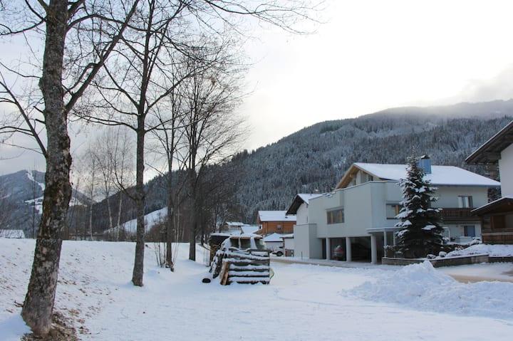 Apartment mit Blick auf die Berge