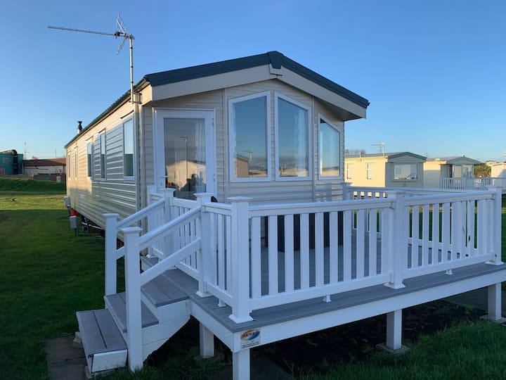 Huge Brand New & Modern Private Seaview Caravan