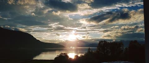 VAKKERBYGDA oksfjordhamn            200 m. Fra E6