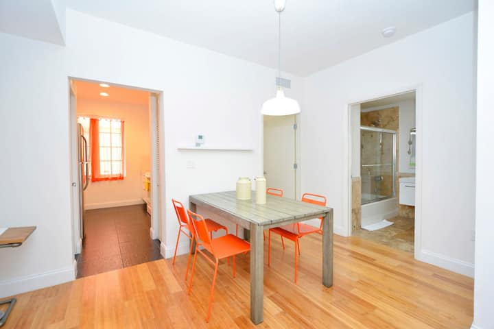 1508 Amazing two bedroom!