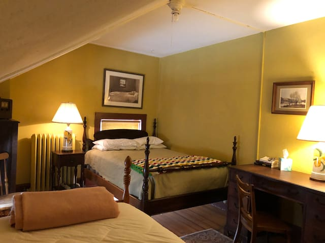 Private Room at The Carriage House (2 beds)