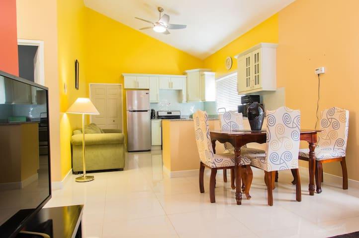 Randy`s Ridge @ Caymanas Estate