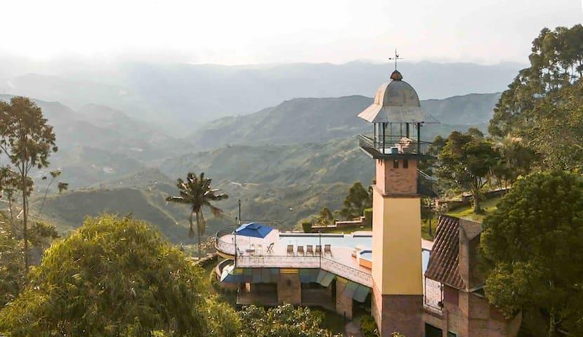 The Ligthhouse - El Faro, Sasaima