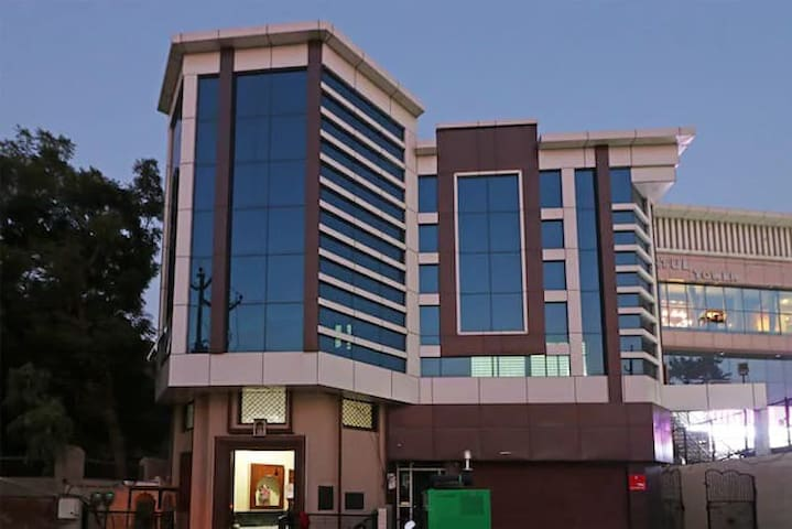 Cozy rooms in the lap of Lord Krishna HotelPanache
