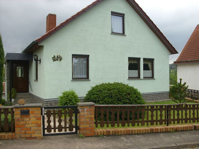 """Ferienwohnung """"Reich"""" (Eichenberg) - LOH06240, Ferienhaus mit zwei Räumen"""