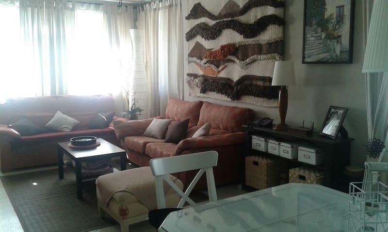 Apartamento 3 d. junto al puerto - Estepona - Apartment