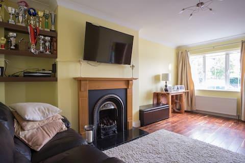 Privat værelse/privat badeværelse Galway city!