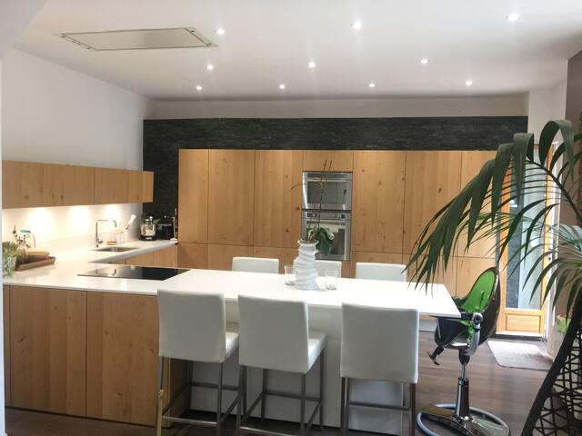 Chambre spacieuse &confortable avec Sdb privative