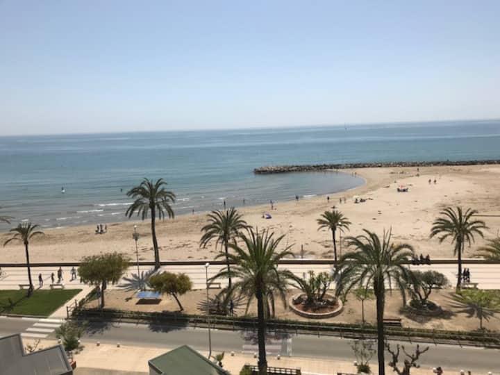 Apartamento en  1ª linea de playa, ideal familias