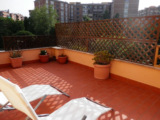 Trastevere Station apartment Cable Wifi Connection - Roma - Apartment