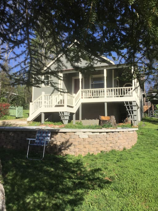 Historic 1890's home nestled in downtown Colfax