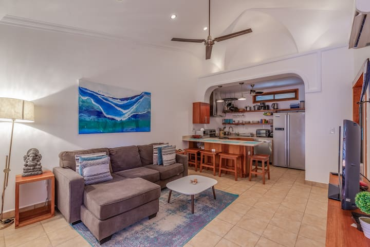 Surf Condo 24/7 Security -2 min drive to best surf