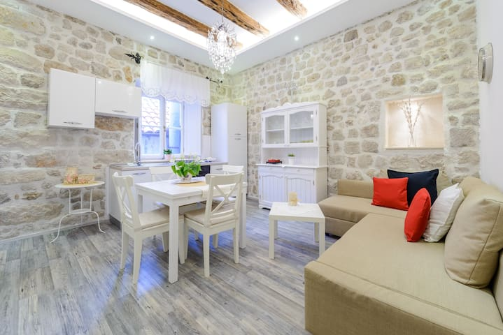 CHAMPAIGN apt in Dubrovnik center! - Dubrovnik - Apartmen