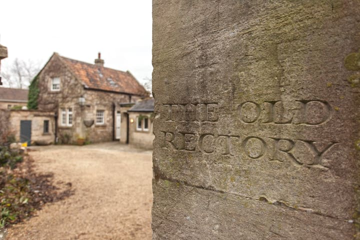 The Stables at the Old Rectory, Wellow. Near Bath. - Wellow - House