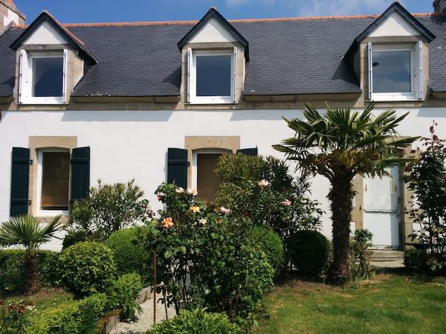 Appartement avec jardin privé proche de la plage - Combrit - Leilighet