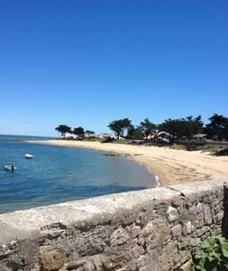 Noirmoutier en ile.Le Vieil : Studio