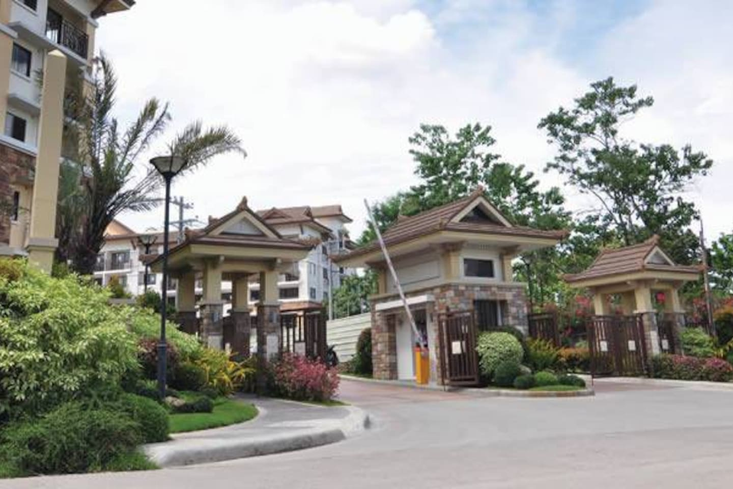 Entrance Gate to ONE OASIS Resort Condo buildings.. (with 24-hour guards on duty)