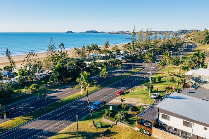 Yeppoon Beach House Backpacker & Budget Accomm