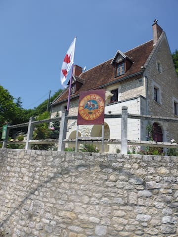 Gite Les TEMPLIERS, près ZOO Beauval , Chateaux - Bourre - Appartement