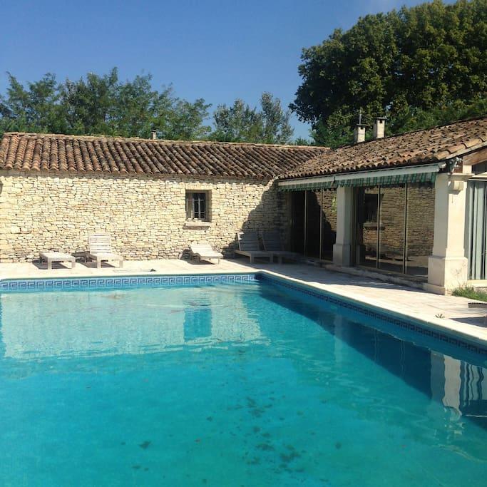 Pool House +piscine