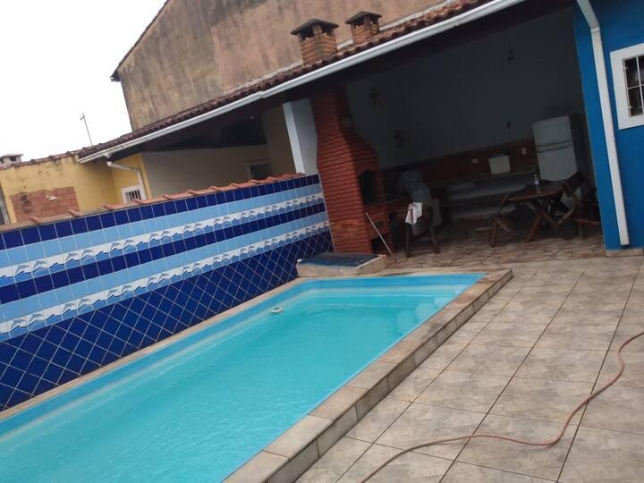 Alugo casa com piscina para fim de semana/temporad