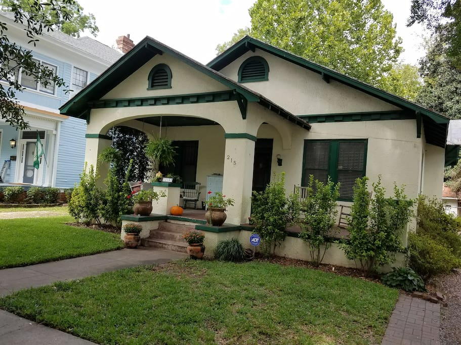 Historic Charming Bungalow In Downtown Augusta Houses