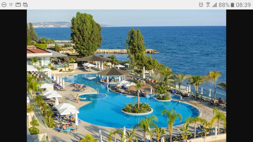 Summer offer near Beach - Germasogeia - Apartemen