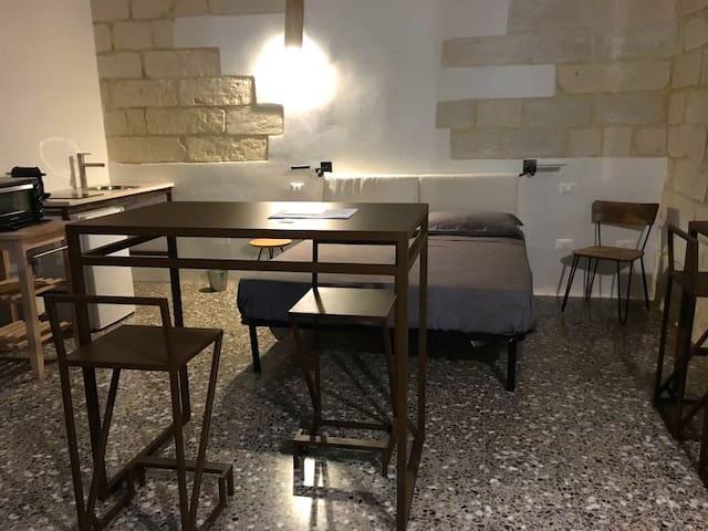 """Masseria Torre Sant'Andrea, camera """"antico pozzo"""""""