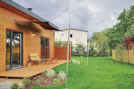 Holiday cottage with 2 bedrooms on 45m² in Nowe Warpno