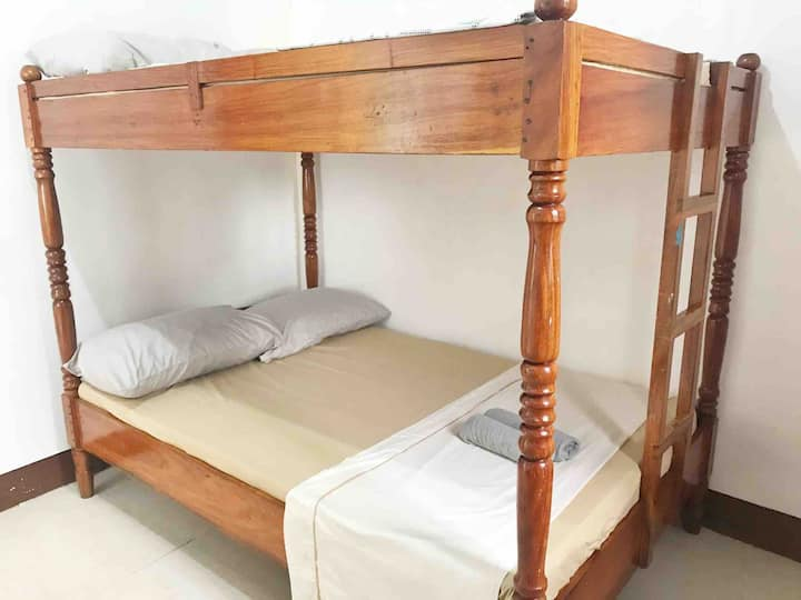 DGA Homestay - R3: Couple/Group/Family, Coron Town